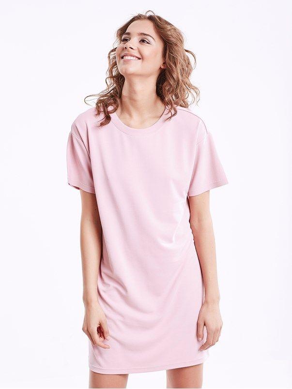 Løstsittende t-skjorte-kjole i myk modalblanding.