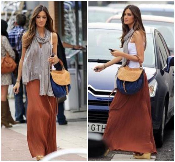 sara+carbonero+falda+larga+y+camiseta+b%C3%A1sica.jpg (558×515)