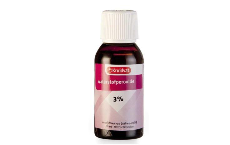 Een flesje waterstofperoxide kost 0,99 cent bij de Kruidvat... Moet je zien wat je ermee kan!