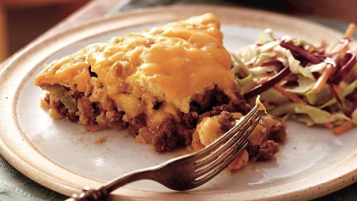 Impossibly Easy Barbecue Beef Pie Bisquick® mix bakes up with favorite barbecue sauce and beef for a winning taste combo.
