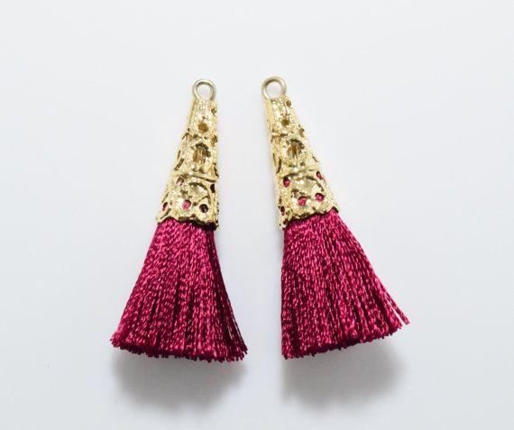 Burgundy Cotton Lace Tassel (Small) Pendant, Jewelry Craft Supply, Polished Gold - 2pcs / RG0033-PGBD