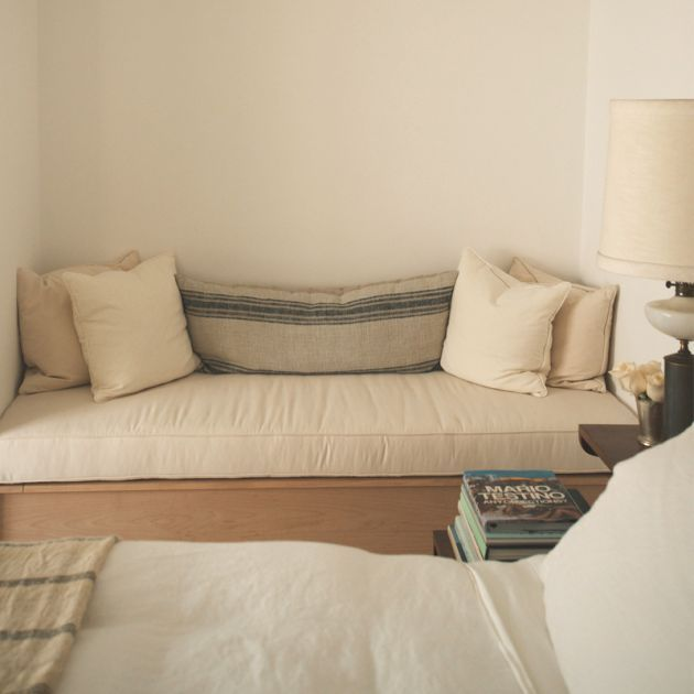 Best 25+ Small Daybed Ideas On Pinterest