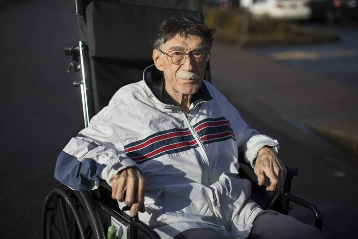 ROSEBURG — An 81-year-old veteran hobbled into the emergency room at the rural Veterans Affairs hospital here in December, malnourished and dehydrated, his skin flecked with ulcers and his ribs broken from a fall at home.A doctor examining the veteran — a 20-year Air Force mechanic named Walter Savage who had been living alone — decided he was in no shape to care for himself and should be admitted to the hospital. A second doctor