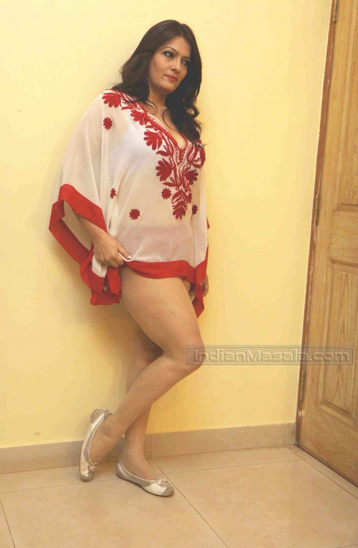 Desi indian sexy girl legs for