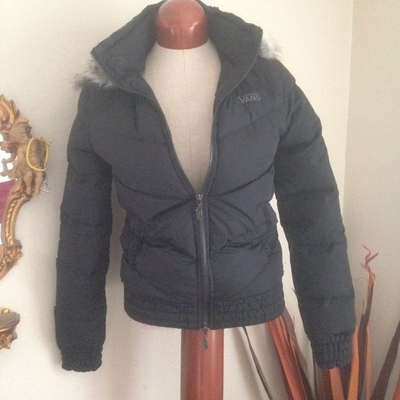 ‼️ FINAL DROP ‼️NWT VANS JACKET NWT. Very warm puffer jacket! Removable faux fur hoodie (unzips)- double zipper at the front. Two pockets outside. It's fitted so it doesn't look like you're a huge marshmallow! Little ruffle accents but hardly noticeable. MAKE A REASONABLE OFFER. 🚫 TRADES Vans Jackets & Coats Puffers