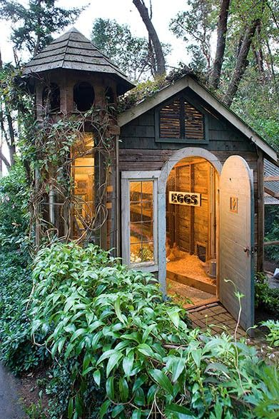 Adorable Chicken House! We had chickens growing up, but their house was not nearly this nice. Chickens let loose in a garden is a natural way to keep insects and pests at bay because they eat them and chicken poo is high in nitrogen so it's a great fertilizer for the soil.