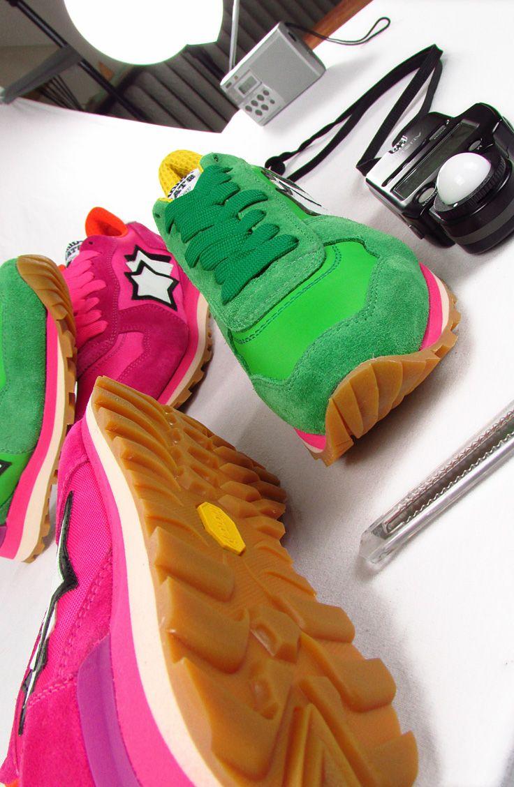 ATLANTIC STARS.  Atlantic Stars - scarpe RUNNING dal sapore vintage realizzate con MATERIALI di qualità … Camoscio per la tomaia e suola VIBRAM. Disponibile in molte combinazioni di COLORI e materiali. In vendita ONLINE e nei nostri negozi. MONTORSI BOUTIQUE. MODENA. #sneakers #scarpedaginnastica #atlanticstars #qualità #scarpesportive #scarpe #montorsimodena