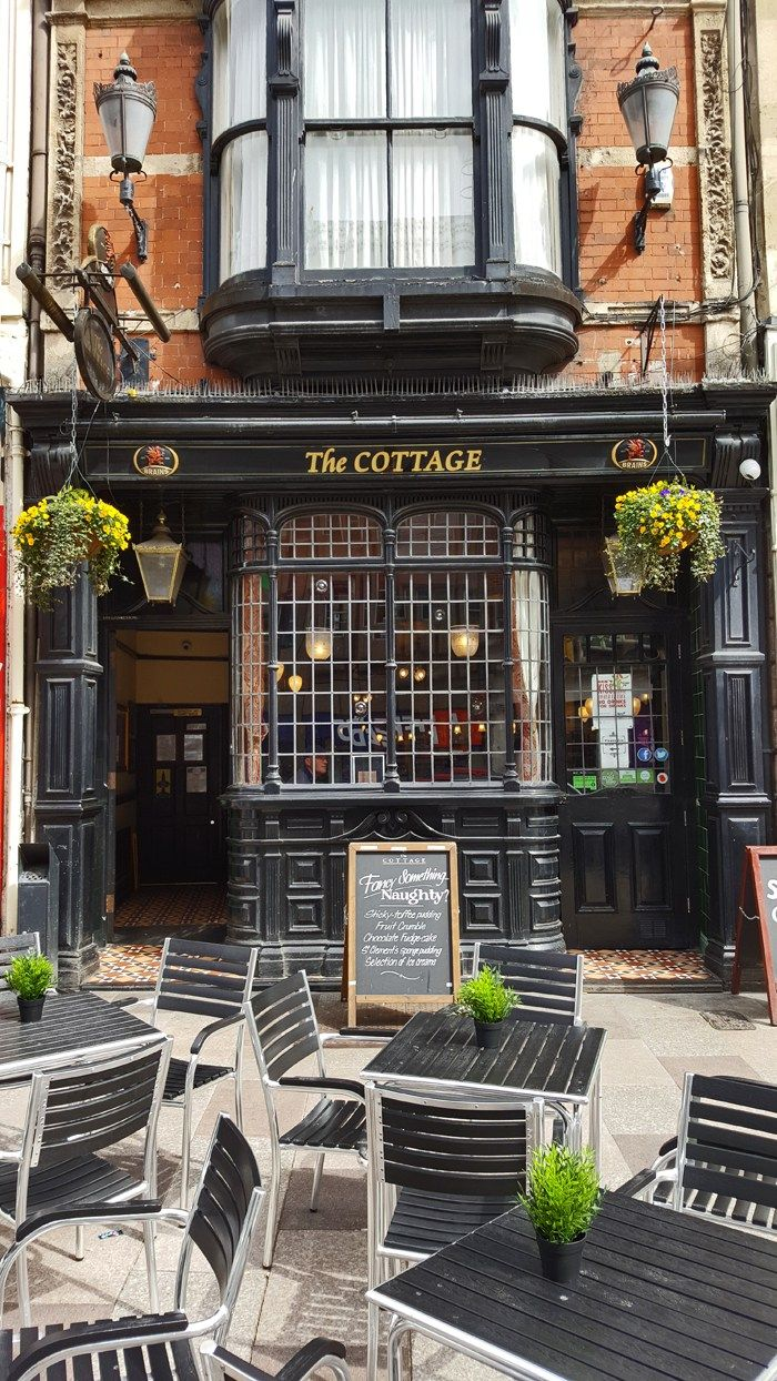 The Cottage Pub in Cardiff
