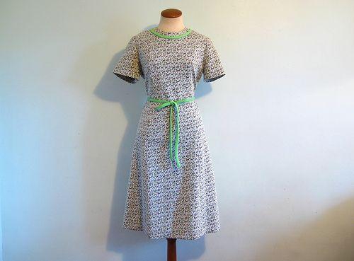 #Retro #Retro #Retro - Find More: http://shop.1960sfashion... ...1960s scooter dress