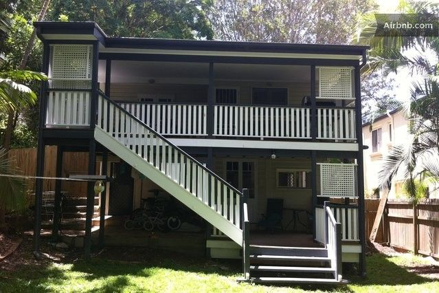 airbnb (self contained) Greer Street, Bardon, QLD