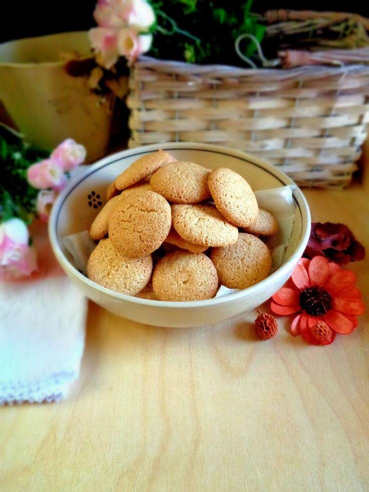 Biscotti delicati con farina di mandorle e yogurt greco