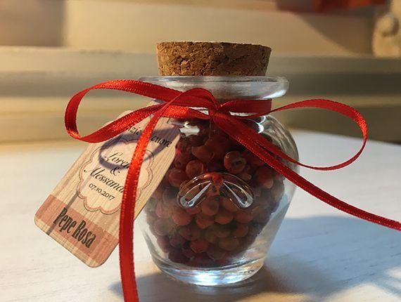 Ampolla segnaposto con spezie a scelta e tag personalizzato per i tuoi eventi #verdefoglia #segnaposto #matrimonio #spezie
