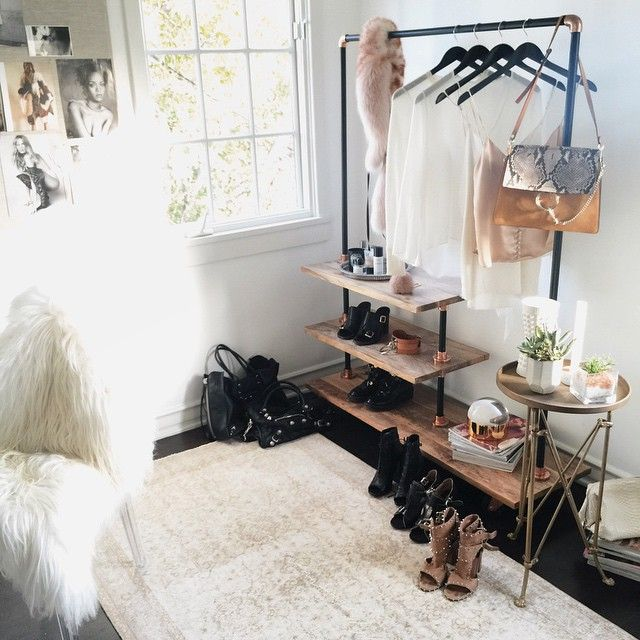 17 Best Ideas About Clothes Rack Bedroom On Pinterest Clothing Racks Room