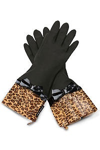 Leopard print gloves Not really my style but these would be perfect for you sister in law!!