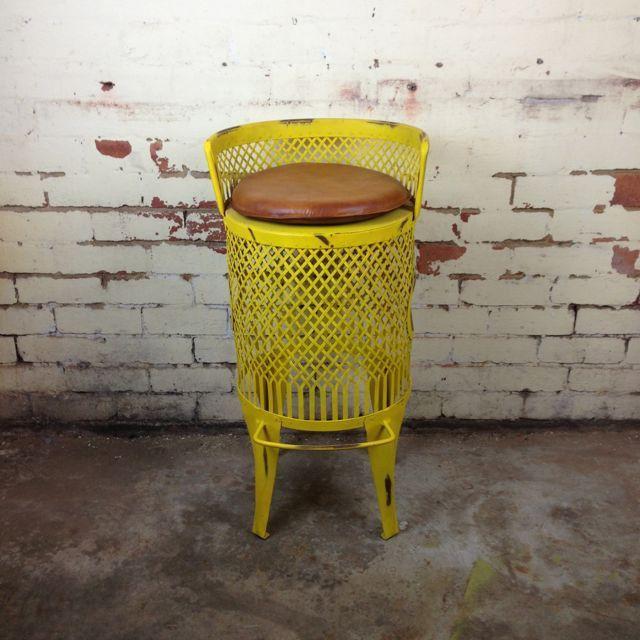 Louisville Bar Chair