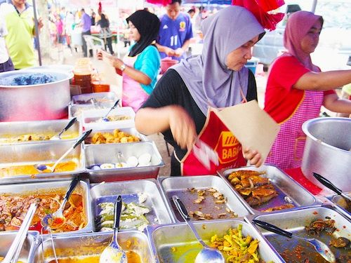 Ramadan Bazaar, Shah Alam, Malaysia. Always walked around the bazaar right after school to find something for breaking the fast.