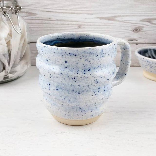 Pin By Amirhossein Seddighi On Mug In 2020 Mugs Contemporary Ceramics Swirly