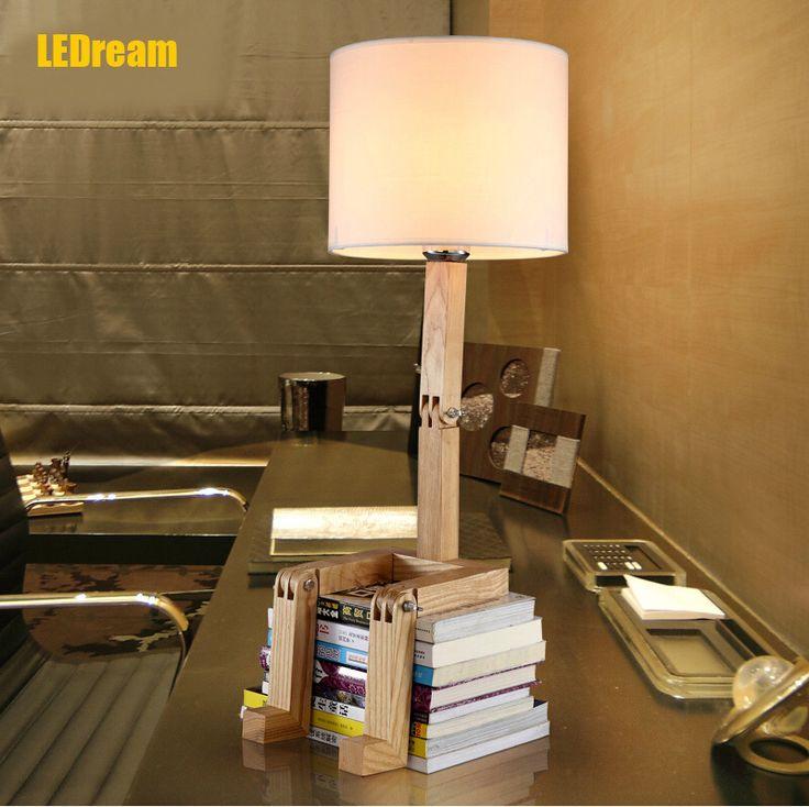 Creative является a японский обучение спальня в head из a кровать дерево ткань эш лёгкие лампа робот