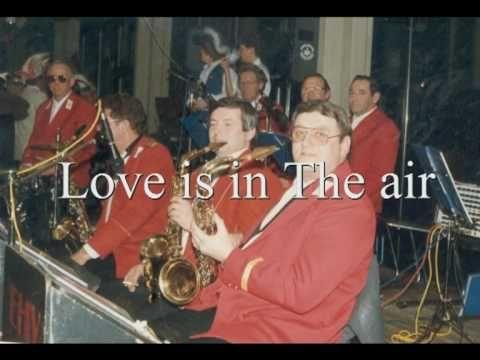 Love is in the air - Wykonawca - Roman Szczepaniak sax tenor.