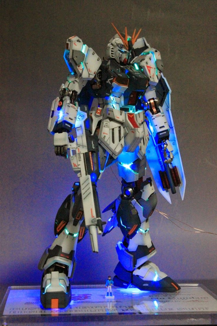 MG 1/100 Nu Gundam Ver. Ka - Customized Build w/ LEDs