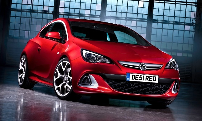 2013 Vauxhall Astra VXR...why, oh why, do the Europeans get all the good cars?!