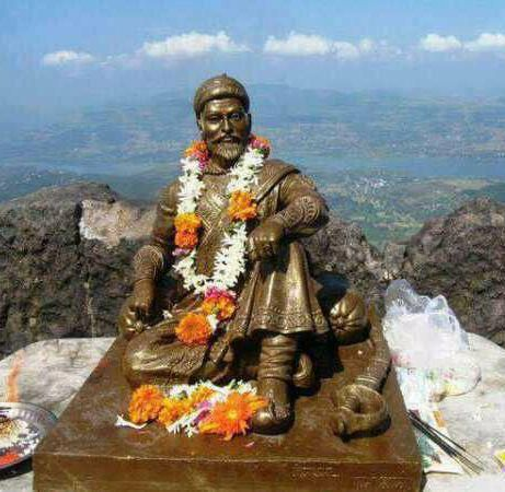 Shivaji Raje Statue at Mount Everest