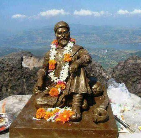 Shivaji Raje Statue at Mount Everest