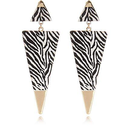 Black zebra print triangle drop earrings €10.00