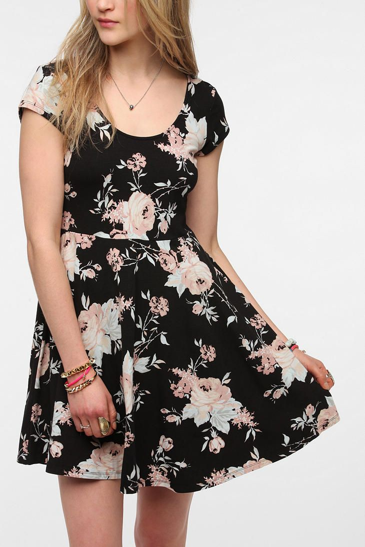 this has some very cute different patter versions as well! Kimchi Blue Knit Floral Skater Dress