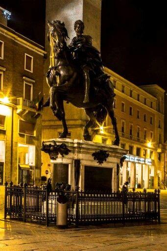 PIACENZA - monumento equestre ad Alessandro Farnese Massimo Mazzoni https://www.facebook.com/lefotografiedimassimo