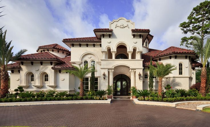 Mediterranean home, The Woodlands, Texas....I love this look because it reminds of tropical places. :)