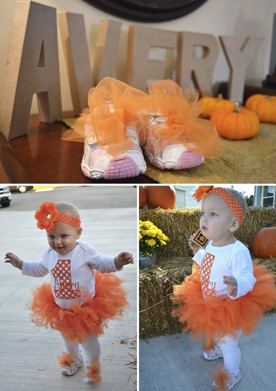 Would be so cute for Baylee's first bday (if she's born in October like she is suppose to)
