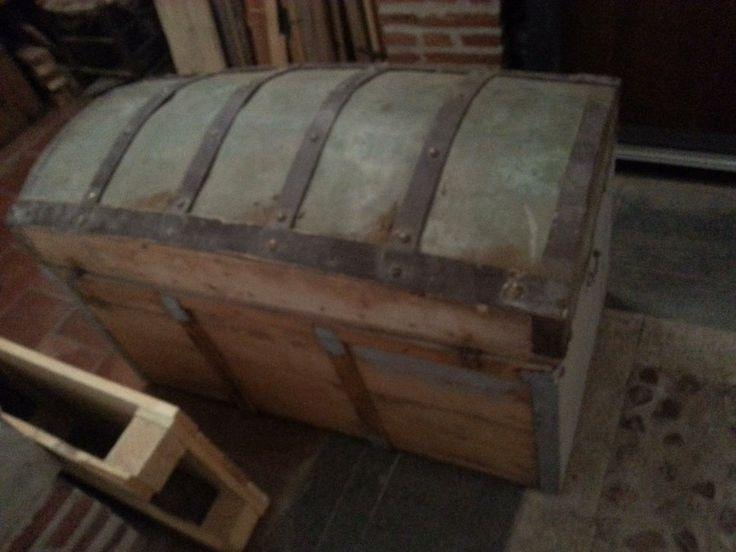 Reparación antiguo baúl con decoupage | Bricolaje