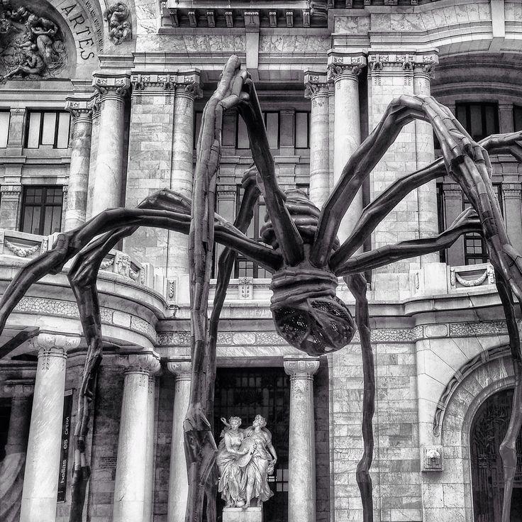 Palacio de bellas artes, escultura