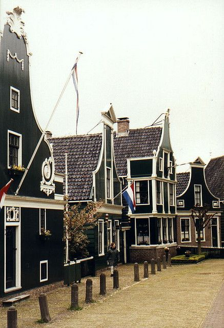 """Zaanse Schans,Holland.Here is where the very first  renowed Dutch """"Albert Hein """" supermarket started, in the early 1900´s.There are stil some original items from that period of time exposed.Really nice !"""