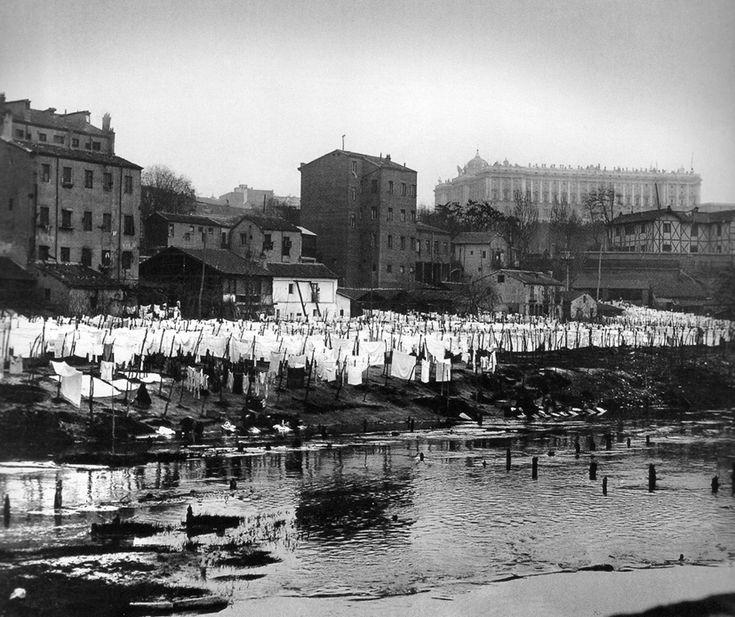 """El Río Manzanares , donde lavaban las ropa las """"mocitas madrileñas"""""""