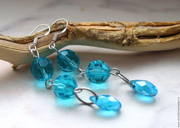 Купить Серьги из стеклянных граненых бусин - голубой, синий, стекло, стеклянная бусина, граненая бусина