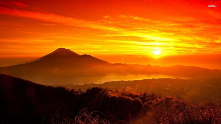 Sunrise In Bali Indonesia Nature Wallpaper