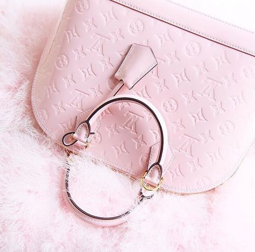 Louis Vuitton and luxury image Outfits, Outfit Ideas, Outfit Accessories, Cute Accessories