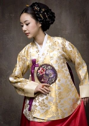 pretty korean traditional dress