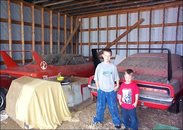 Barn Find - Plymouth Super Bird and Dodge Daytona