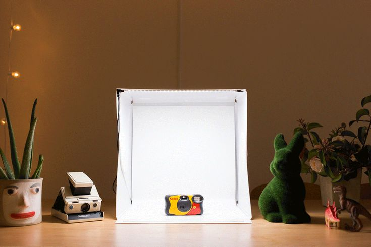 Foldio 2 - A cute and portable photo studio with built in lighting. ($75.00, http://photojojo.com/store)