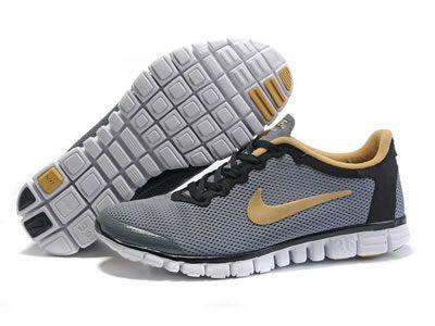 Gode di Un Paio del Economico Nike Free 3.0 Scarpe Da Running Per Uomo Nero Beige Grigio