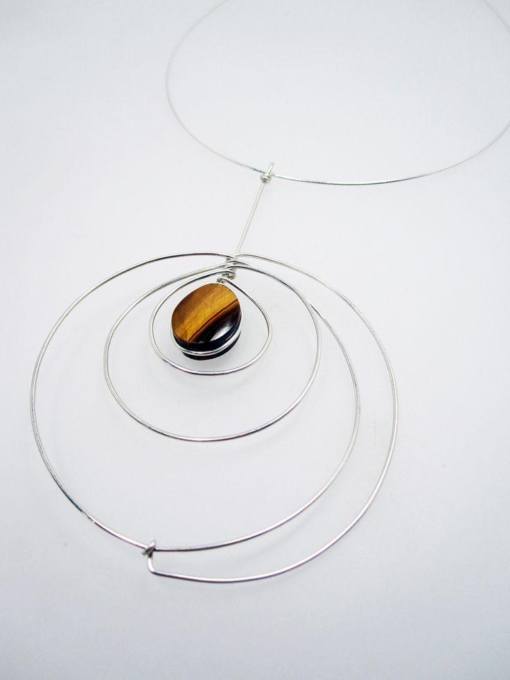 Kari Woo necklace