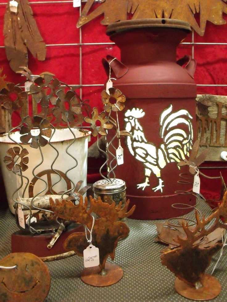 Chicken And Rooster Decor Part - 19: Rooster Pail.