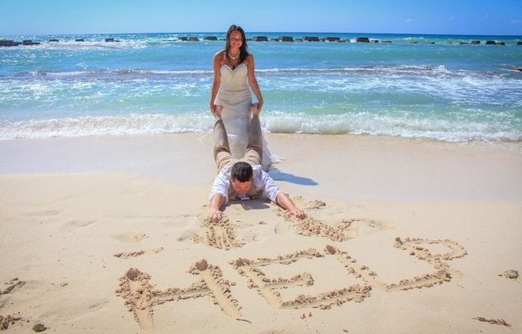 Laci & Carl's destination wedding in Riviera Maya, Mexico @destweds Photography by Sarani Photography