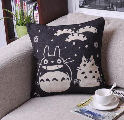 K-waii - Cojín Gatito Totoro http://www.regalitolindo.cl/product/138784/cojin-gatito-totoro
