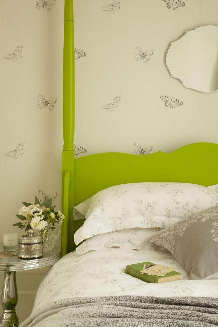 BOTANICAL BEDROOM GOODHOMES MAGAZINE MAY 2013 STYLING EMMA CLAYTON PHOTOGRAPHY PENNY WINCER