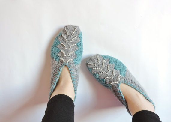 Not your grandma's slippers. Unless your grandma is utterly fabulous. #etsy #etsyfinds