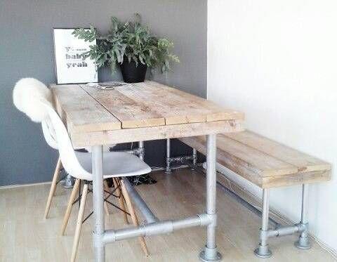 antike m bel die sich neu erfinden pinersgo. Black Bedroom Furniture Sets. Home Design Ideas
